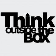 Napis na ścianę THINK OUTSIDE THE BOX czarny