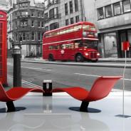 Fototapeta - Londyn: czerwony autobus i budka telefoniczna