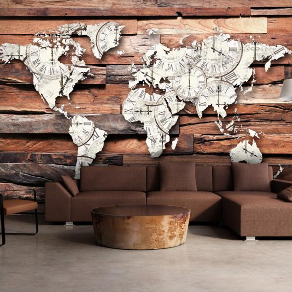 Fototapeta - Mapa na drewnie
